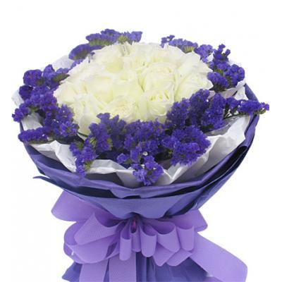 相遇----16枝白玫瑰